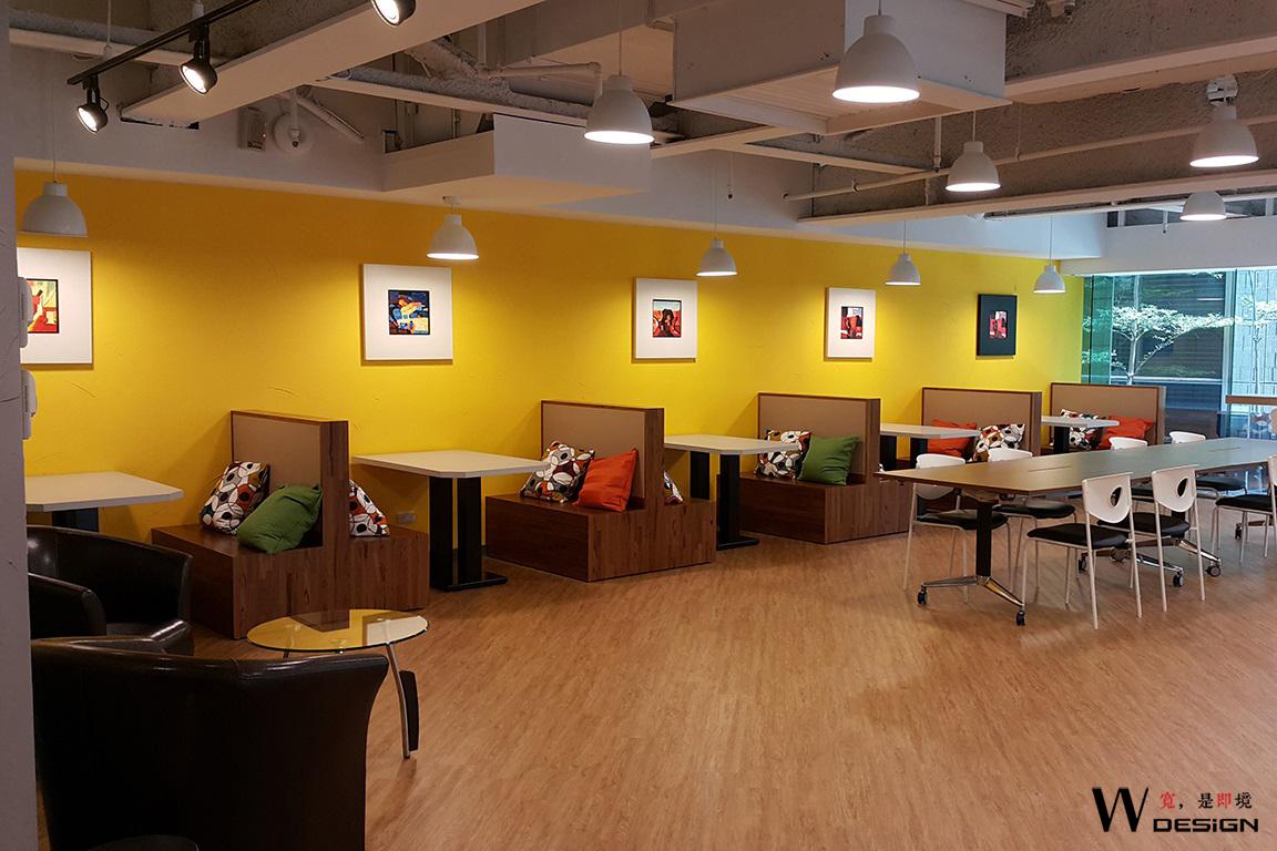 商務中心少有的大窗採光,讓創意激發出來!